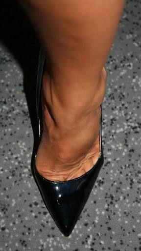 pantyhose feet heels ile ilgili görsel sonucu