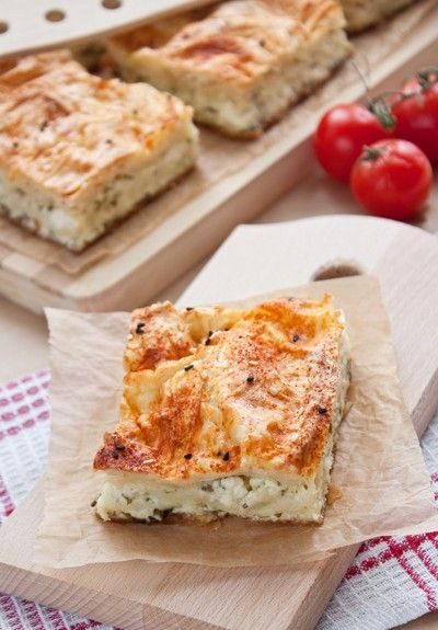 Greek cheese pie with fluffy dough and anthotyro cheese and spearmint - Τυρόπιτα σφολιάτας με φέτα, ανθότυρο και δυόσμο