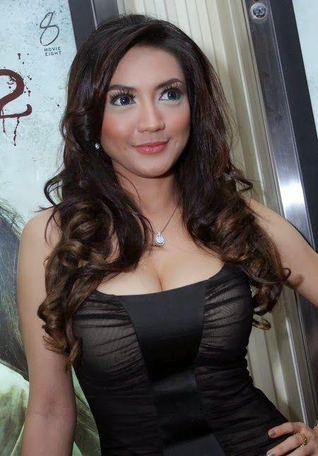 artis indonesia seksi - Penelusuran Google
