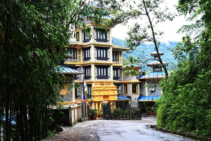 Hotel Review : Saramsa Resort, Gangtok #travel #sikkim #gangtok #hotelreview #travelblogger #styleovercoffee #northeastindia