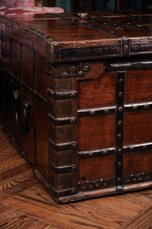 Antique Steamer Trunk With Drawers Woodworking Projects