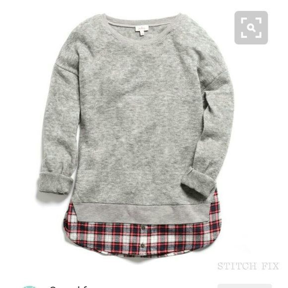 Love this grey sweat shirt with plaid pop on the inside! Cute, casual top. Stitch fix fashion trends. Stitch fix fall 2016.