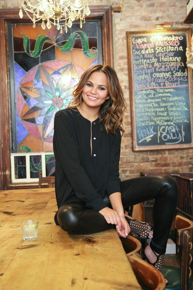 surprise (not really) I have a new girl crush and I want to be her best friend: Chrissy Teigen