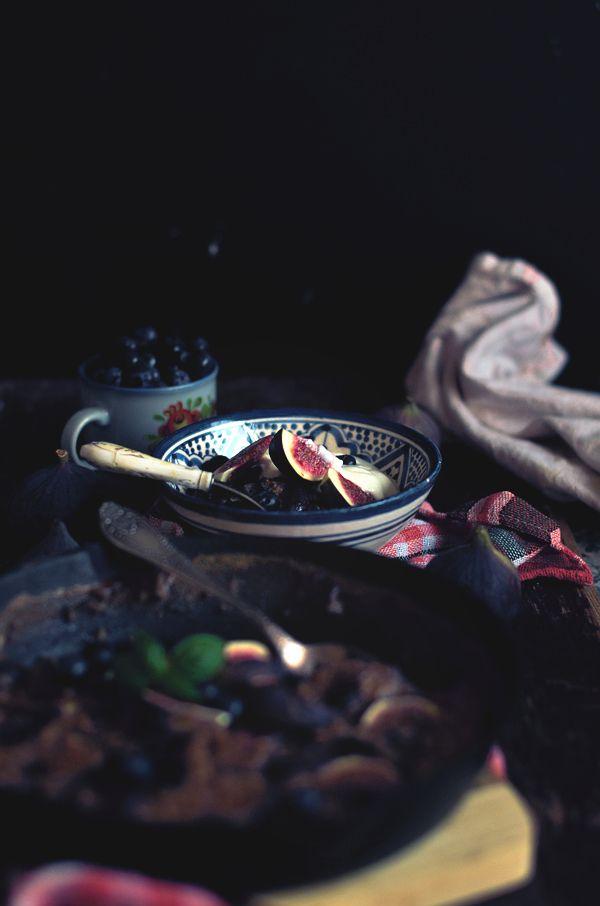 I adore cinnamon- subiektywny blog kulinarny o zapachu cynamonu: Pieczone płatki owsiane z figami i borówkami