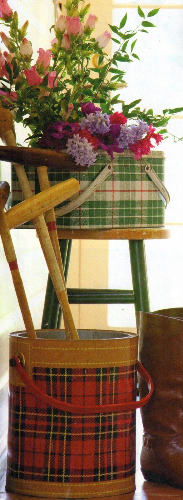 .@Michele Morales Rose vintage picnic basket cooler