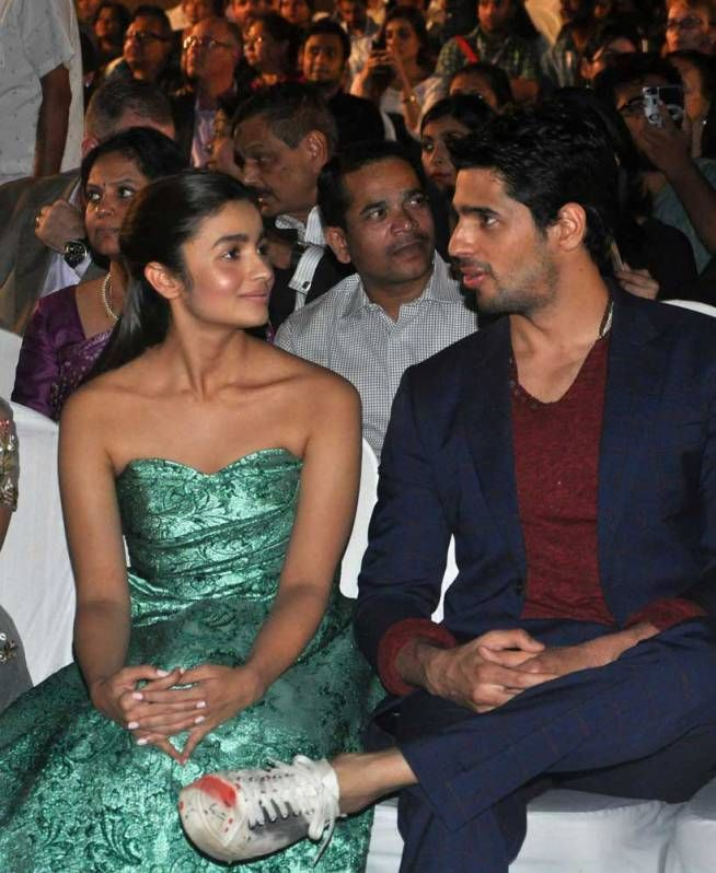 Sidharth Malhotra and Alia Bhatt at the opening ceremony of the MAMI Film Festival. #Bollywood #MAMI2015 #Fashion #Style #Beauty #Cute #Hot #Handsome