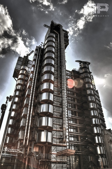 The Inside-Out Building (the Lloyd's building ) by Richard Rogers   London via flickr