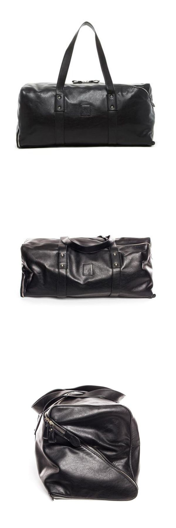 PX's Derek Vegan Leather Duffle Bag is a true game changer! Get rid of your old raggedy bag and upgrade your travel game! Made of vegan leather, it has a unique diagonal zipper for extra style! Use this duffle bag to carry your sports gear, or as carry-on luggage on your next vacation.
