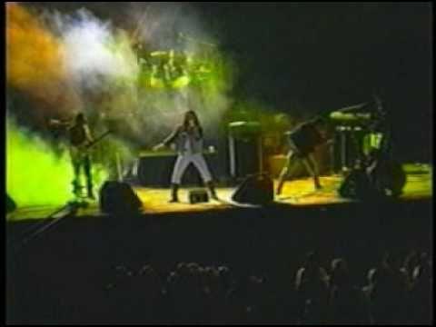 Kraken es mi banda favorita, siempre lo será. Para mí son la única banda rockera de éste País <3
