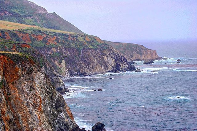 The Pacific coast 🌊 #usa🇺🇸 #usa #california #bigsur #pacific #pacificcoast #pacificocean #monterey #rocks #steepslope #instawolrd #instatravel #wanderlust #сша #америка #калифорния #бигсюр #тихоокеанскоепобережье #монтерей ##инстатревел #инстамир #calocals - posted by John https://www.instagram.com/lone_wolf_john - See more of Big Sur, CA at http://bigsurlocals.com