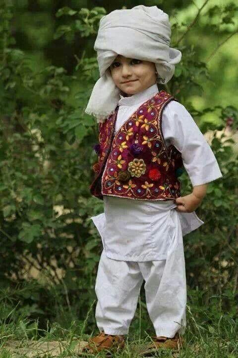 Pin By Seeafghanistan On Seeafghanistan Afghan Clothes