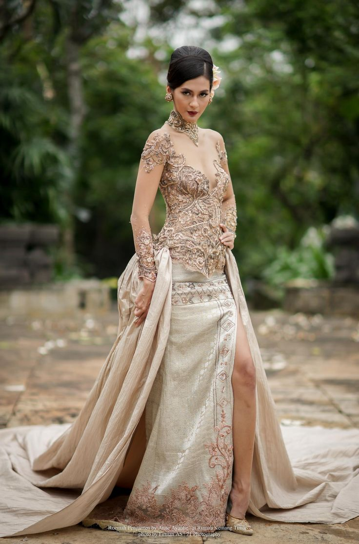 Roemah Penganten by Anne Avantie | Traditional Wedding Dress by Firman A Santo on 500px