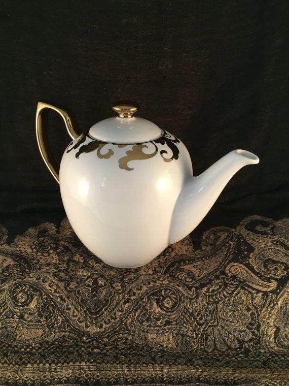 Porcelain With Metallic Accent Tea Pot, White