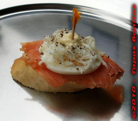 Pintxo Salmon con Huevo.