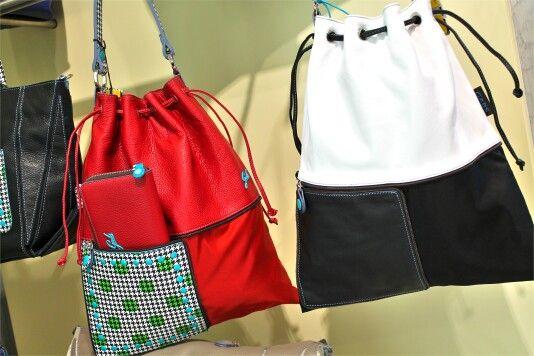 Hai voglia di rendere i tuoi outfit comodi e freschi? Scegli la nuova irresistibile collezione Gabs per avere la primavera sempre con te! Vieni a trovarci nel nostro negozio a Venafro! :)  #gabs #borse #nuovacollezione #primavera #donna #accessori #woman #bags #accessories #studio #nuove #bag #primavera #shopping #colori #molise #adoro #moda #primavera #borsanuova #pronta #bella #fashion #tivoglio #color #sonopronta #colorate #vasto #borsa #roma