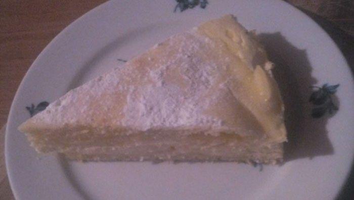 Litý koláč s tvarohem. Autor receptu: Nicii