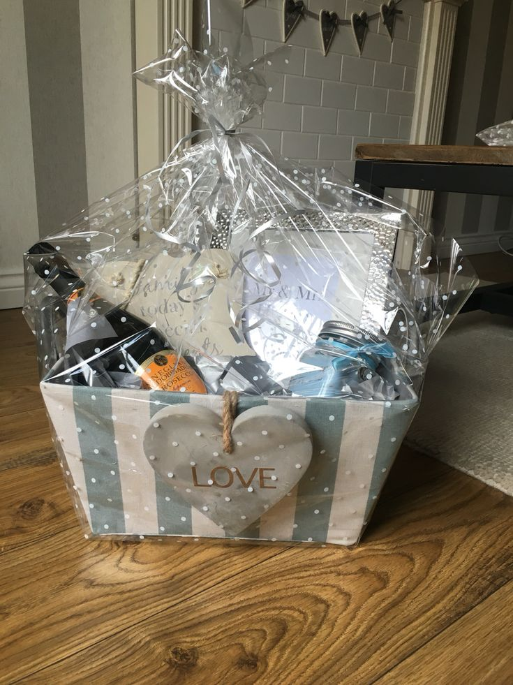 Wedding gift hamper, fizz prosecco, candle, frame