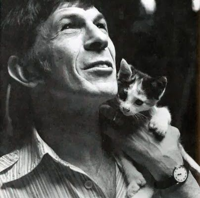 Leonard Nimoy and cat, famous cat lovers - What more to say other than we just LOVE cool stuff!