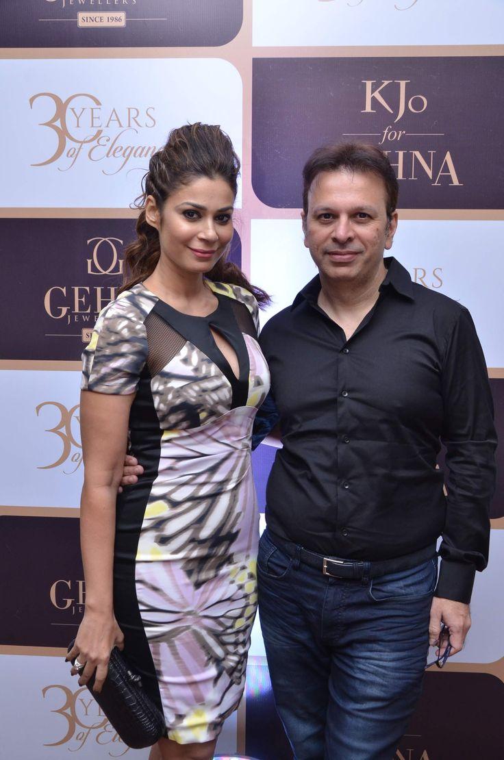 Shaheen and Roshan Abbas #GehnaTurns30 #KjoForGehna #Bollywood #Celebrities #Jewellery