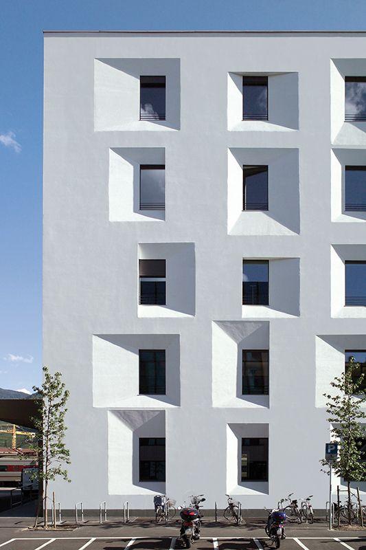 Detalhe de prédio com acabamento StoTherm, localizado na Alemanha