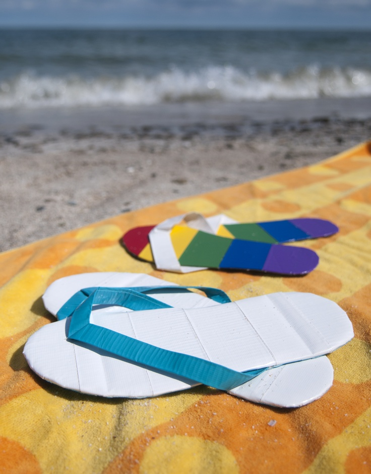 Style your a pair of DIY flip flops out of duct tape. Personalize your sandals with your favorite Duck® brand colors and prints. http://duckbrand.com/craft-decor/activities/flip-flops?utm_campaign=dt-crafts&utm_medium=social&utm_source=pinterest.com&utm_content=duct-tape-crafts-summer