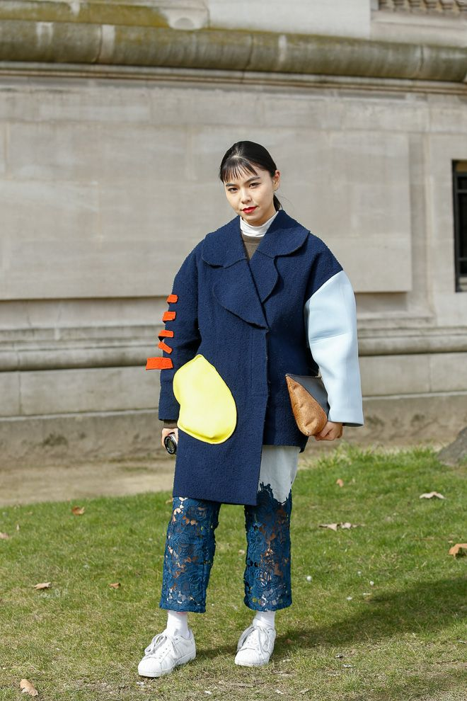 Street Style: Maiko Shibukawa wearing JACQUEMUS Coat in Paris.