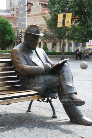 Escultura de Antonio Gaudí, León