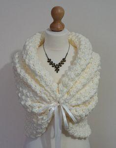 De printemps romantique mariage Bolero, Crochet Shrug, Boléro de mariée Ivoire, Wrap, de mariage mariée Cape, châle blanc, mariée Capelet, châle en tricot