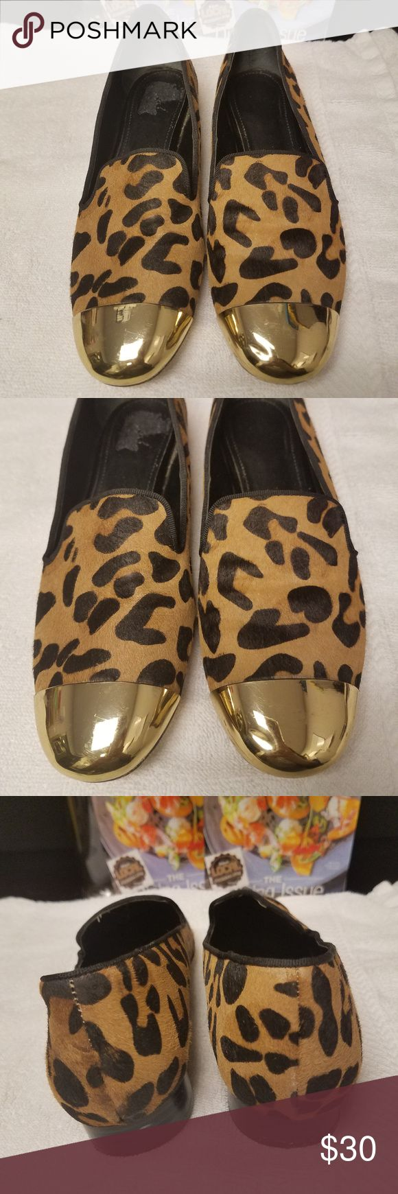 """SALE!! 14TH & UNION Leopard Calf Hair Flats 7.5M 14TH & UNION Leopard Real Fur Printed Calf Hair Gold Loafer Flats Women 7.5M Great Used Condition  Beautiful leopard ballet flats, loafers  Minimal hairline scratches on the gold accent   Measurements: Length: 9.5"""" in Width: 2.5"""" in  Thank you for looking!  S-S006 14th & Union Shoes Flats & Loafers"""