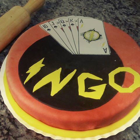 Tarta fusión para Ingo! #flash #gambito #heroestarta #tartafondant #tarta #cake #fondant #fondantcake #vainilla #chovolateblanco #Okamicake