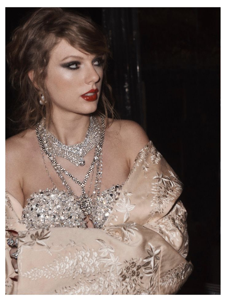 'Look What You Made Me Do' Music Video Taylor Swift Behind the Scenes - LWYMMD BTS
