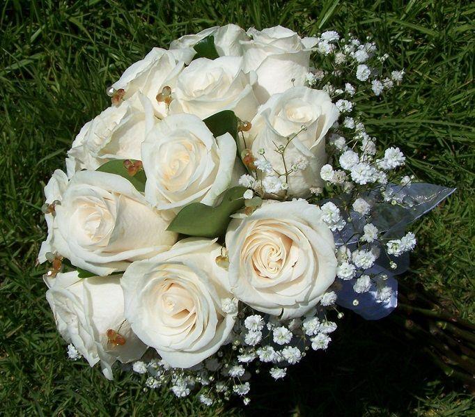 Ramo en rosas vendela con gypso