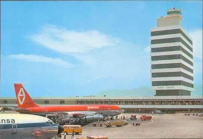 El Jorge Chavez un Boeing - 707 de Avianca y posiblemente otro Boeing - 707 de Lufthansa