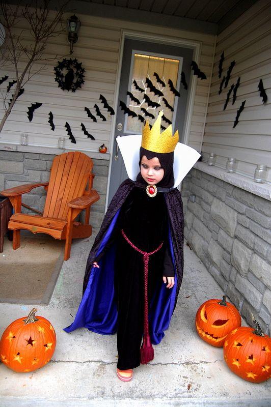 Disney Evil Queen Halloween Costume - DIY #halloween #disney