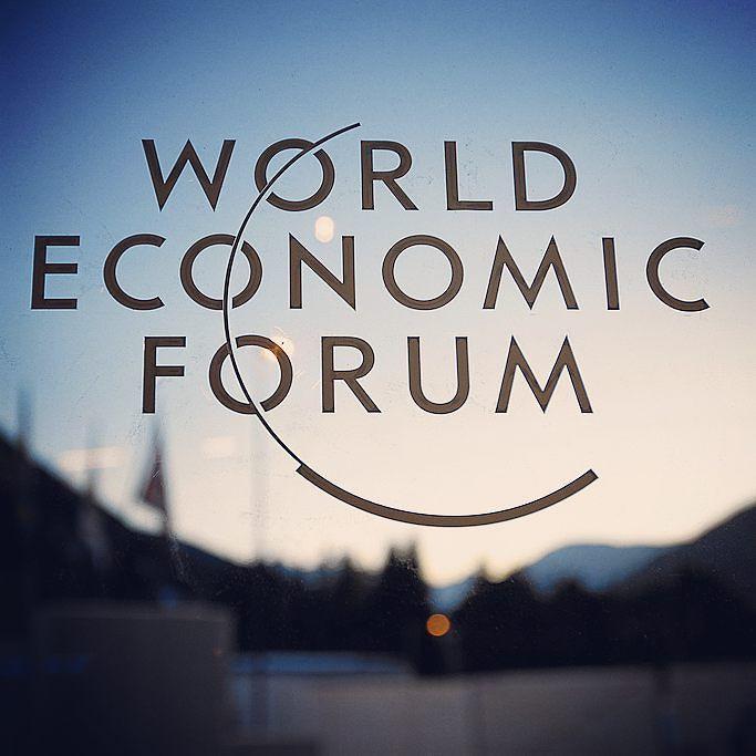 La settimana scorsa si è tenuto il #WorldEconomicForum il più importante appuntamento per discutere delle questioni più urgenti che il #mondo di trova a dover affrontare. Tra queste il tema del #lavoro e la sua crescente automatizzazione argomento centrale in #CVING che approfondiremo minuziosamente.  #WEF2017 #job #business #automation #recruitment #world #economy #forum #discussion #innovation #startup #distruptive