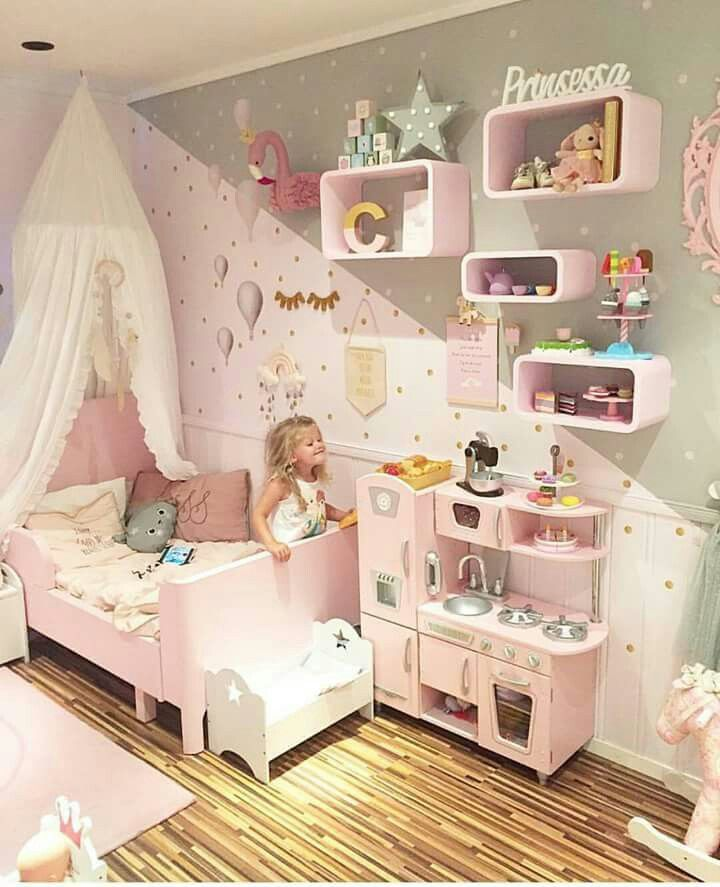 Girls Bedroom!