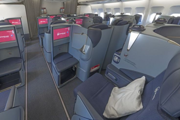 Air Berlin: A Review of Two Classes