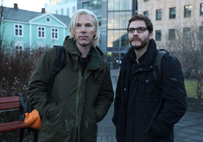 Benedict Cumberbatch and Daniel Brühl in 'The Fifth Estate'