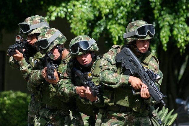 La colombiana Fabricato, con sede en Antioquía, ha  ganado el contrato para proveer al Ejército de Colombia de los tejidos especiales con que se confeccionarán sus uniformes