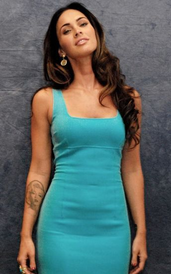 Megan Fox Fashion and Style - Megan Fox Dress, Clothes, Hairstyle