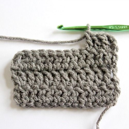 Simple Scarf Crochet Pattern + Video - Make and Takes