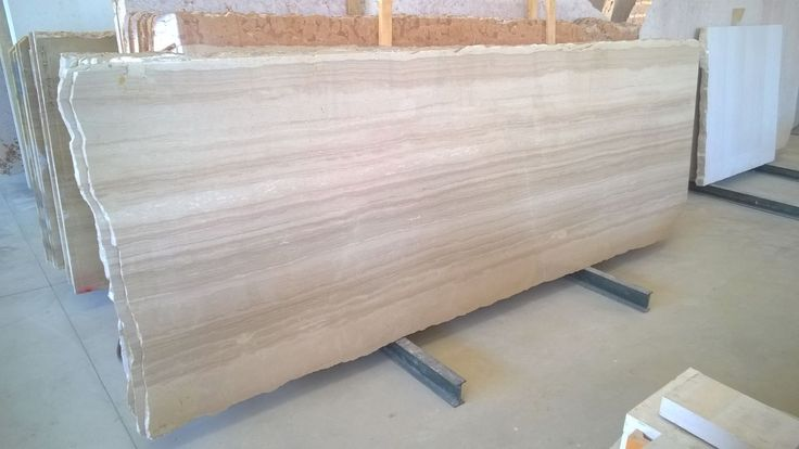 Trani Serpeggiante E : used for many interior applications but suitable for exterior as well.