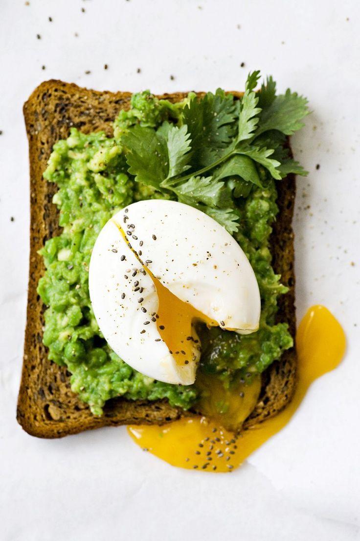 ... avocado bread with egg & chia ...