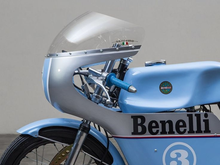Blue Smoke - Benelli
