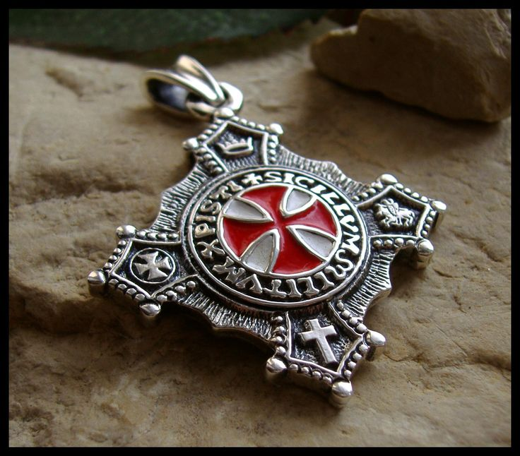 Knights Templar: #Knights #Templar Cross Pendant.