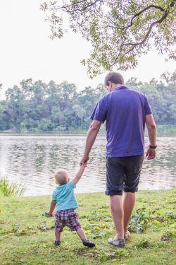 Brooke Wedlock Photography - Summer Walk #babyportraits #babyboy #portrait #familyphotographer #familyportraits #fatherson #torontophotographer #naturallight #toddler #summer #highpark #pond #handholding #lifestyle