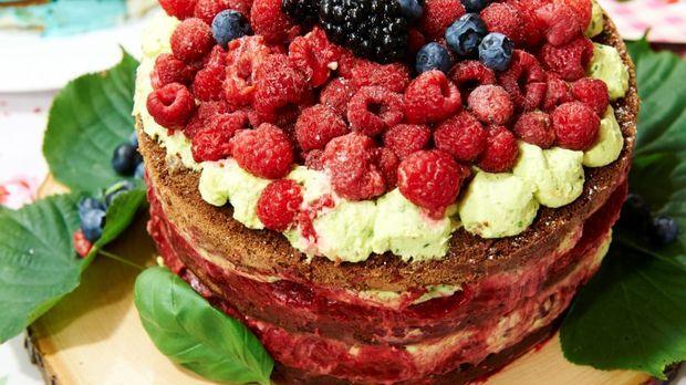 Himbeer meets Basilikum - Naked Cake