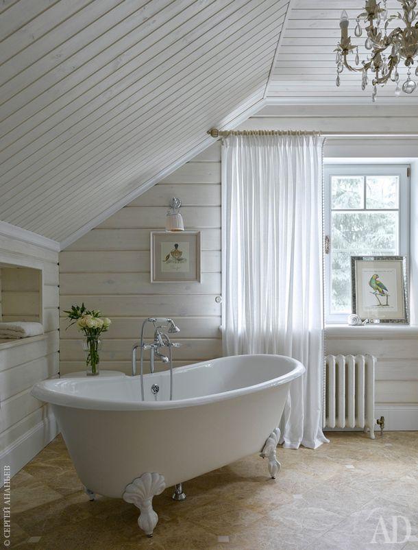 Ванная комната хозяйки. Мебель и ванна, Devon & Devon.