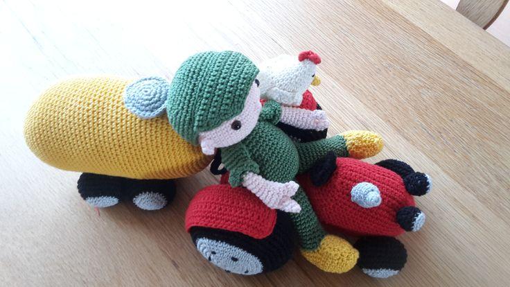 Traktor / giertank en boer Teun
