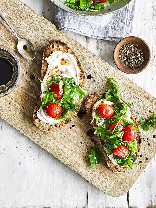 This recipe for ricotta toast with kale and cherry tomatoes makes a great 10-minute meal for 1. It's veggie and low cal, so ticks a lot of the midweek boxes.